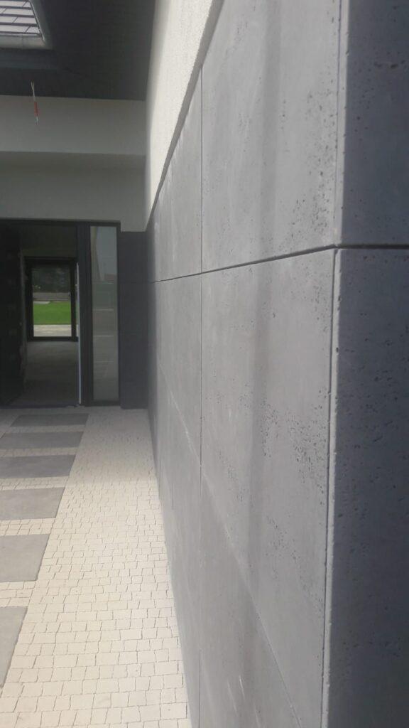 beton-architektoniczny-VHCT-Sept-60-97231-576x1024.jpg